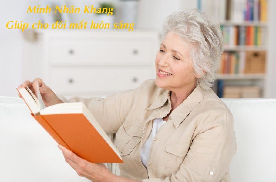 Nên sử dụng nguồn ánh sáng tốt nhất khi đọc sách, làm việc